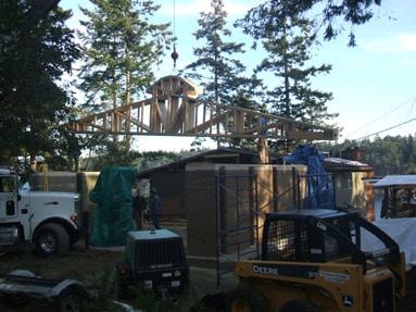 crane-lifting-trusses