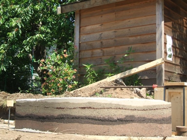 rammed-earth-vancouver-curve