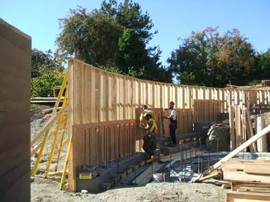 plywood-wall-forming